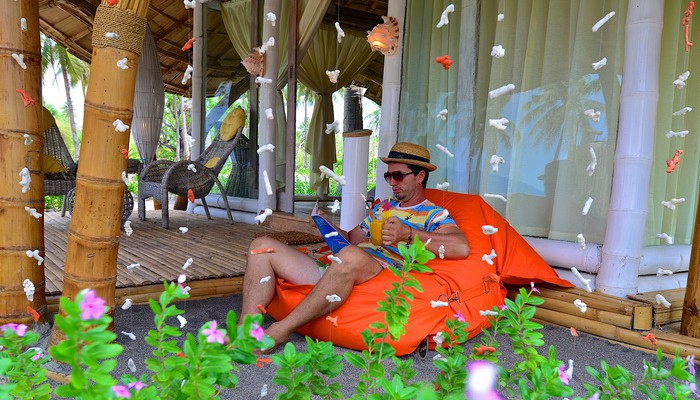 relax in bungalows maumere