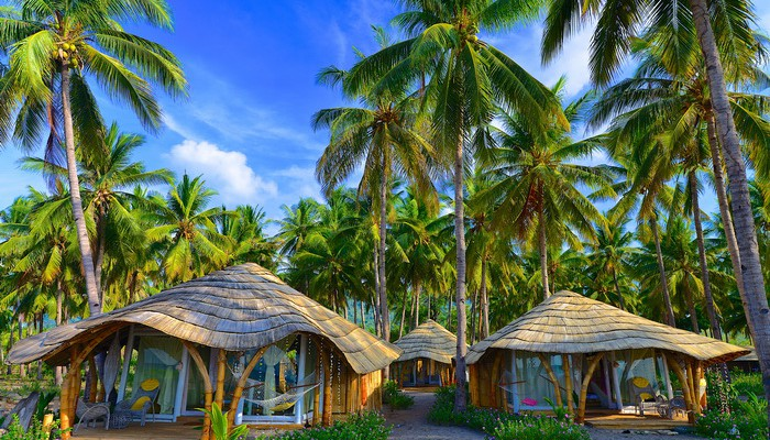 coconut beach bungalows